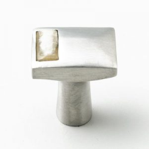 Mood 075 Satin Pewter Natural Horn Cabinet Knob