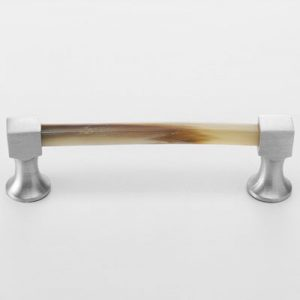 Mood 106 Satin Pewter Natural Horn Cabinet Pull